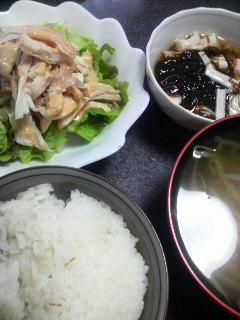 蒸し鶏ごまマヨソース