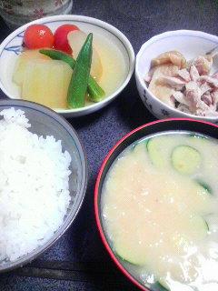 冬瓜の煮物と蒸し鶏