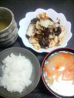 牛肉とキャベツの黒酢炒め