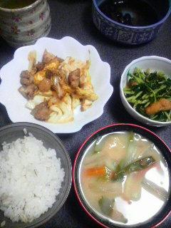 鶏肉と春キャベツの炒めもの