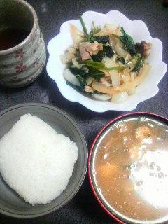 鶏肉と野菜の炒めもの