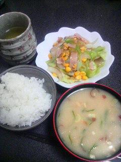 ハムと野菜の炒めもの