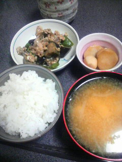 茄子と鶏そぼろの味噌炒め